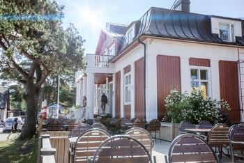 Nauvon merenrantahotelli, Strandbo